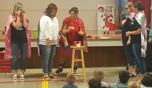 Benton Teachers Demonstrate Cooperation