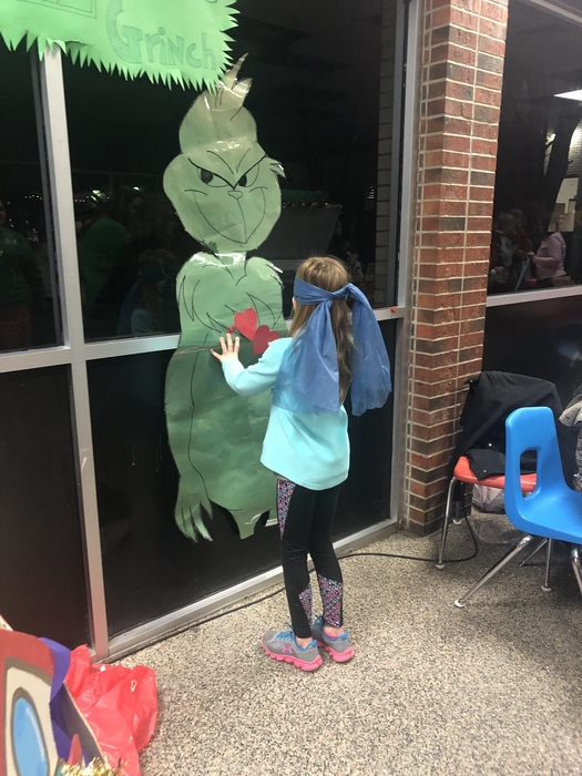 Pin the Heart on the Grinch!